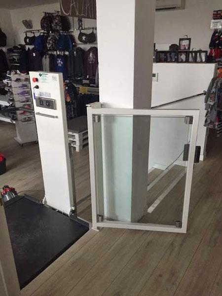 Mini-elevatore-esterno-dimensioni-minime-emilia-romagna