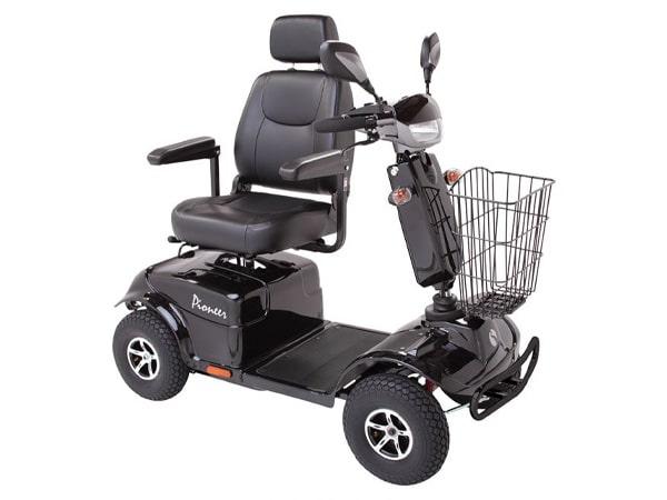 Motorino-4 ruote-per-anziani-bologna